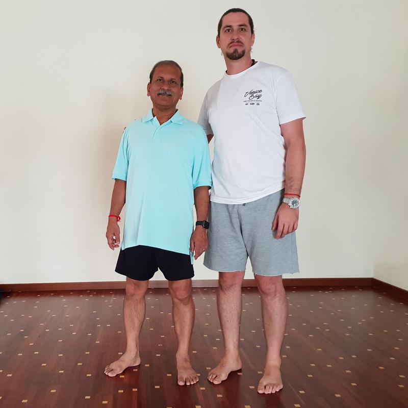 neoyoga con maestro de yoga arunji en sevilla