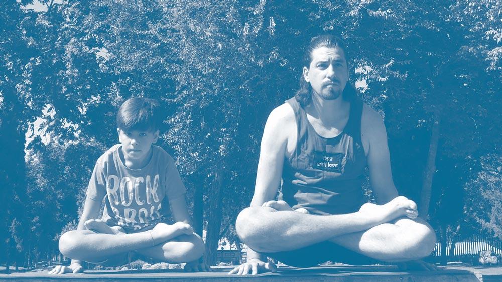 yoga para niños nivel infantil en dos hermanas